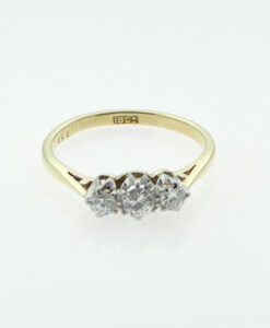 18ct Gold Three Stone Diamond Ring