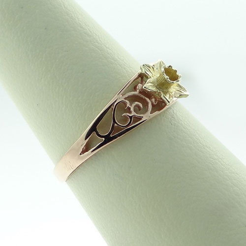 Filigree Daffodil Ring