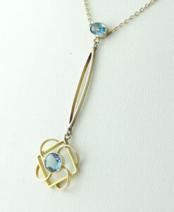 9ct Rose Gold Blue Topaz Necklace