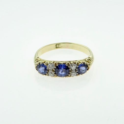 Antique 18ct gold sapphire and diamond ring