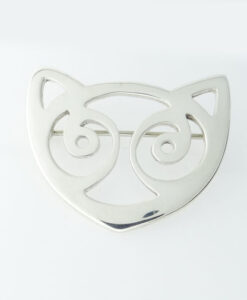Snowdon Cat Brooch by Rhiannon Evans