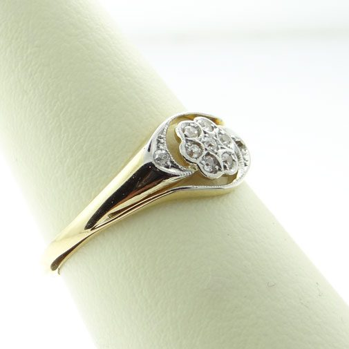 18ct Gold Diamond Daisy Swirl Cluster Ring c1900