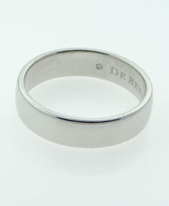 PLATINUM COURT WEDDING BAND 5MM by De Beers