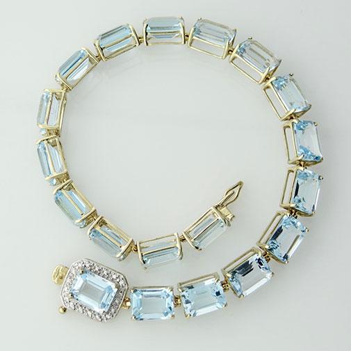 9ct Gold Blue Topaz Bracelet