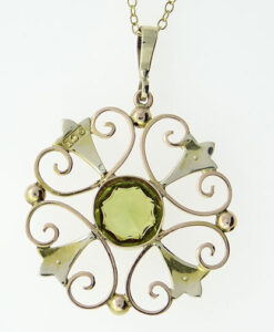 Victorian 9ct Gold Peridot and Seed Pearl Pendant