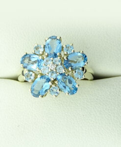9ct Gold Diamond and Blue Topaz Cluster Ring