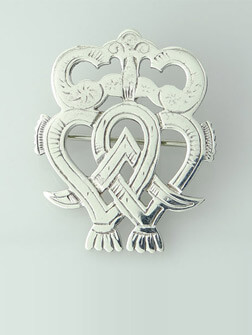 Silver Brooches online