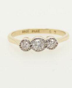Vintage 18 carat Gold Three Stone Diamond Ring c1960